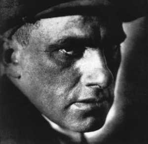 Majakovskij-Volto