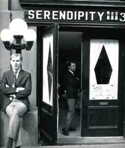 andy-warhol-at-serendipity-3